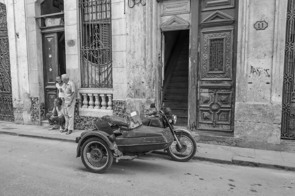 Cuba - Russian Motor Cycle